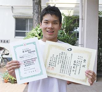 「目標は松田丈志選手。諦めないで頑張る姿勢が尊敬できる」と居相君