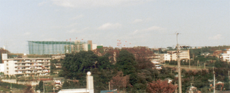 1982年(昭和57年)頃のたまプラ(あざみ野から望む)写真協力/飯島一世さん