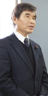 これからの活動について話す菅野支部長