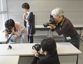 写真講座の撮影実習風景