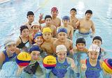 水球小学生チームと中学生チーム