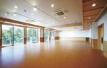 約80畳の広さがあるホール。披露宴など多目的に利用できる