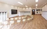 広々と明るく、安全な教室
