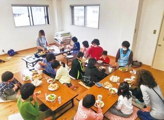 子ども食堂に食材などを提供