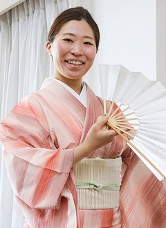 「気軽に日本舞踊を」と藤間さん