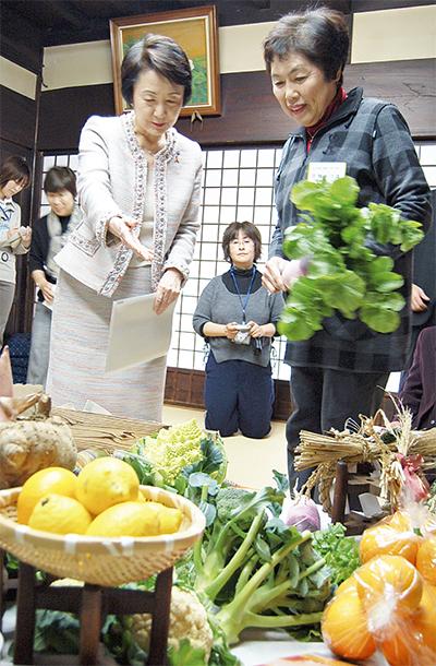 市長、女性農業者と交流