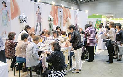 洋服作り体験が人気