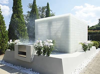「気品溢れる集合永代墓所が完成しました」