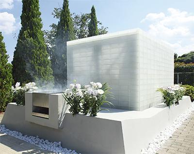 「気品溢れる光の永代供養墓が完成しました」