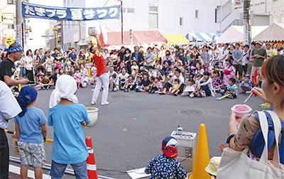 たまプラ夏祭りに8万人