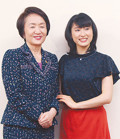 土屋太鳳さん林市長を訪問