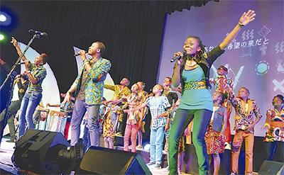 ウガンダの歌声届く