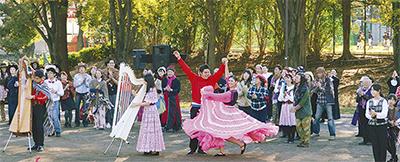 たまプラで集団ダンス