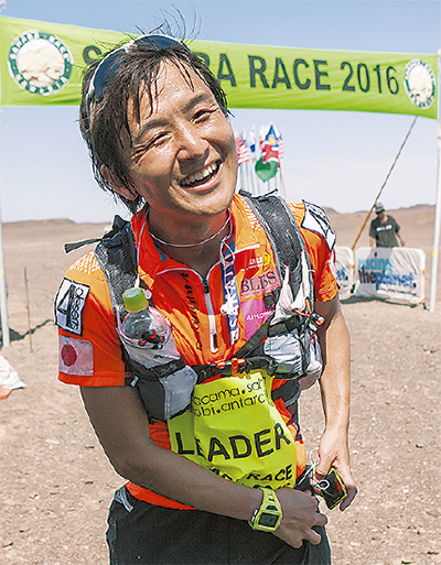 砂漠250Km走破し優勝