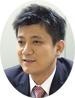 税理士山崎哲氏