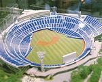 2020年2月完成で増席するスタジアム(模型)