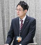 講演する矢田さん