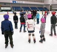 スケートで親子交流
