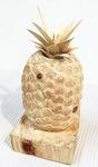 木彫のパイナップル(今福匠杜さん)