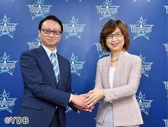 木村新社長(左)と南場智子オーナー