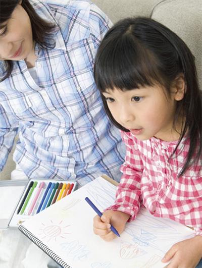 親子で感性を伸ばす絵画始めませんか?