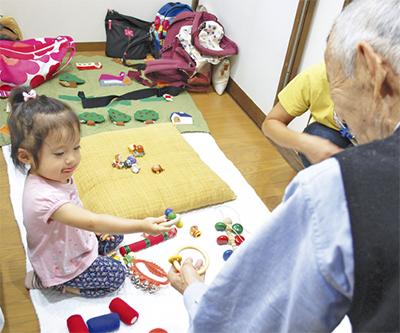 子どもたちが高齢者施設訪問