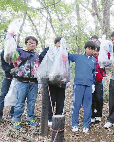 地域と中学生が清掃活動