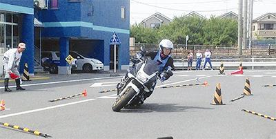 安全運転大会を開催