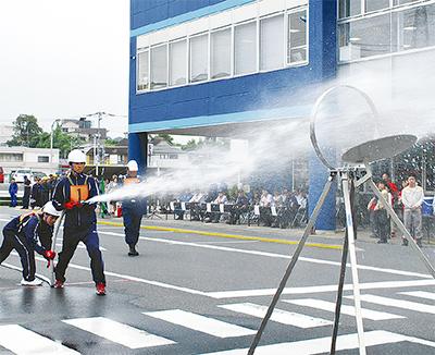 自衛消防の技能競う
