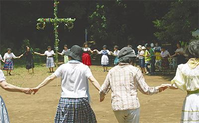 夏至を祝う北欧の祭り