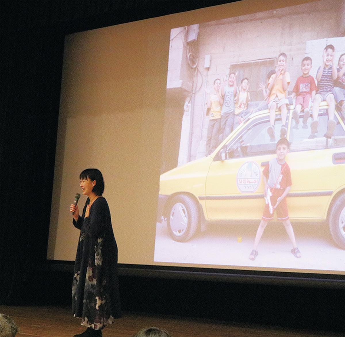 安田菜津紀さんが講演