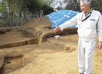 発掘現場では遺物が見つかった