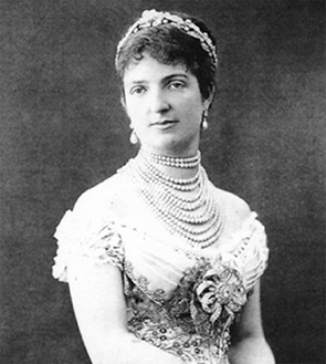 真珠を身につけるイタリア王妃・マルゲリータ