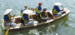 鶴見川を進む和舟「たちばな」