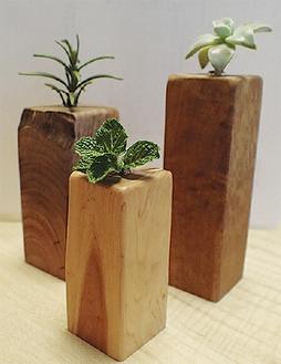 木工品の一例(一輪挿し)