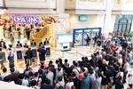 江原ランド:平日朝の10時前からカジノ入場を待つ多くの人達