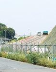 ▲今後、撤去される新吉田地区の工事用道路(6月3日、下図【1】地点より撮影)