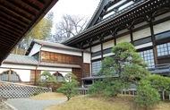 四季折々の表情が魅力、長光山「妙蓮寺」