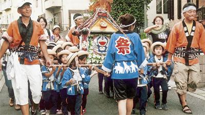 神輿で伝統文化学ぶ