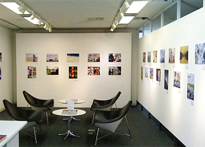 社員の写真作品 展示