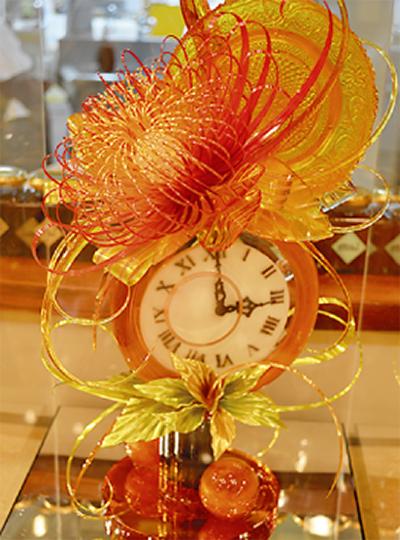飴で作った時計で金賞