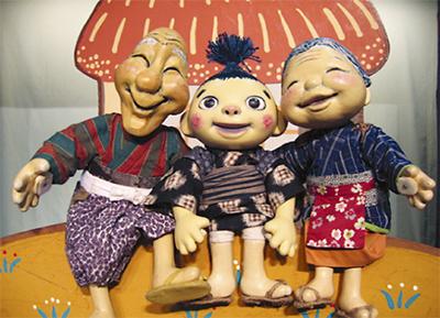 笑顔あふれる人形劇