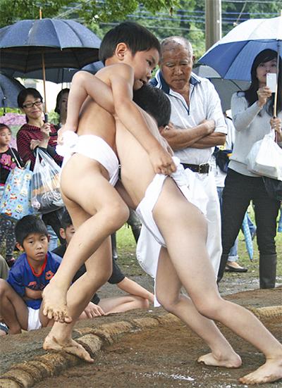 雨に負けず、子どもが熱戦