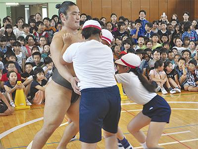 お相撲さんと交流