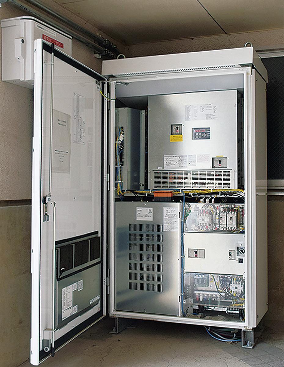 市立高田中学校に設置されている蓄電池