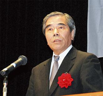 講演する五反田税務署長
