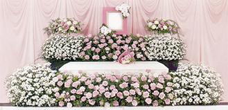 高級感ある花祭壇をリーズナブルにご用意