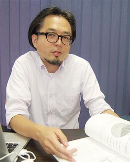 解析内容について話す石井正宏代表