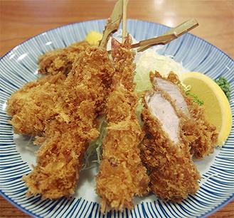限定版「串揚げ定食」は串揚げ5品セットに、ご飯・みそ汁・お新香付※他のクーポンとの併用不可