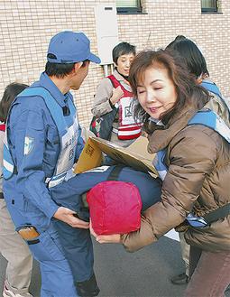 医師、看護師らが参加した訓練